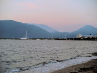 Cairns Harber at dusk